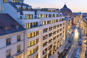 paris-exterior-rue-saint-honore-2